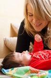 Μητέρα και μωρό Στοκ εικόνες με δικαίωμα ελεύθερης χρήσης
