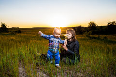 Μητέρα και παιδί Στοκ φωτογραφίες με δικαίωμα ελεύθερης χρήσης