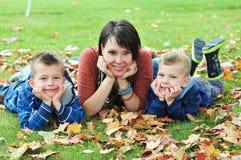 Μητέρα και δύο γιοι της Στοκ Φωτογραφίες
