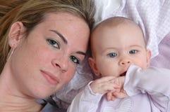 μητέρες κορών στοκ εικόνες