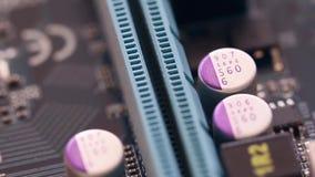 Μητρική κάρτα υπολογιστών στην κίνηση απόθεμα βίντεο