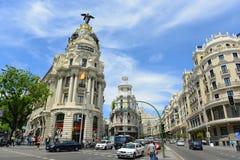 Μητρόπολη και χλοώδες κτήριο, Μαδρίτη, Ισπανία στοκ εικόνες με δικαίωμα ελεύθερης χρήσης