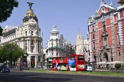 Μητρόπολη που στηρίζεται σε Gran μέσω του ST στη Μαδρίτη στοκ εικόνα με δικαίωμα ελεύθερης χρήσης