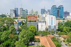 Μητρόπολη πόλεων Χο Τσι Μινχ και στο κέντρο της πόλης Saigon, Βιετνάμ στοκ φωτογραφίες