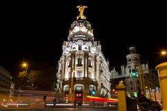 Μητρόπολη τη νύχτα στη Μαδρίτη - την Ισπανία στοκ φωτογραφία