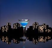 Μητρόπολη μπλε Martini Στοκ φωτογραφία με δικαίωμα ελεύθερης χρήσης