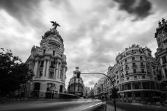Μητρόπολη που χτίζει τη Μαδρίτη στοκ εικόνα με δικαίωμα ελεύθερης χρήσης
