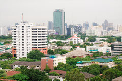 Μητρόπολη της Μπανγκόκ, εναέρια άποψη πέρα από τη μεγαλύτερη πόλη στοκ εικόνα με δικαίωμα ελεύθερης χρήσης