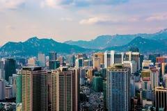 Μητρόπολη της Σεούλ που λαμβάνεται από το βουνό Namsan στοκ εικόνες
