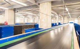 Μηχανήματα αλυσίδων ζωνών μεταφορέων για το λίπασμα Στοκ Φωτογραφίες
