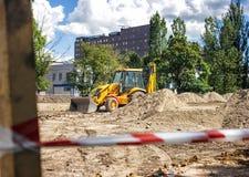 Μηχανήματα κατασκευής στην περιοχή Στοκ εικόνα με δικαίωμα ελεύθερης χρήσης