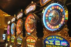 Μηχανήματα τυχερών παιχνιδιών με κέρματα στο νέο Υόρκη-νέο ξενοδοχείο της Υόρκης και χαρτοπαικτική λέσχη στο Λας Βέγκας Στοκ Εικόνες