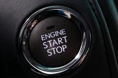 μηχανή αυτοκινήτων κουμπιών εκκίνησης-στάσης Στοκ εικόνα με δικαίωμα ελεύθερης χρήσης
