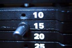 Μηχανή κατάρτισης βάρους στη γυμναστική ικανότητας Στοκ Φωτογραφίες