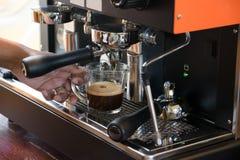 Μηχανή κατασκευαστών καφέ στοκ φωτογραφίες