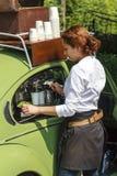 Μηχανή καφέ στο αυτοκίνητο Στοκ Εικόνα