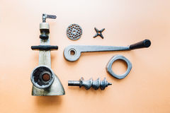 Μηχανή κοπής κιμά που αποσυντίθεται εκλεκτής ποιότητας Στοκ φωτογραφία με δικαίωμα ελεύθερης χρήσης