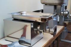 Μηχανή κοπής κιμά Στοκ Φωτογραφίες