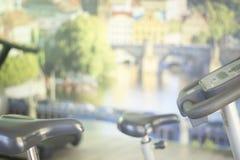 Μηχανή κύκλων άσκησης ποδηλάτων γυμναστικής Στοκ φωτογραφία με δικαίωμα ελεύθερης χρήσης