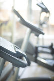 Μηχανή κύκλων άσκησης ποδηλάτων γυμναστικής Στοκ Εικόνες