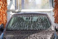 Μηχανή πλυσίματος αυτοκινήτων σηράγγων Στοκ φωτογραφίες με δικαίωμα ελεύθερης χρήσης