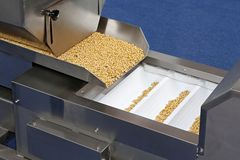 Μηχανή συσκευασίας τροφίμων στοκ φωτογραφίες