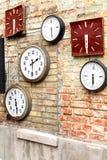μηχανικά ρολόγια Προσέξτε το βέλος Στοκ Εικόνες