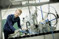 Μηχανικός στο εργοστάσιο Στοκ φωτογραφία με δικαίωμα ελεύθερης χρήσης