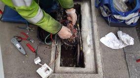 Μηχανικός τηλεπικοινωνιών υπαίθριος Στοκ εικόνες με δικαίωμα ελεύθερης χρήσης