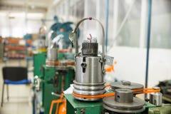 Μηχανισμός για το πλέξιμο μετάλλων Στοκ φωτογραφία με δικαίωμα ελεύθερης χρήσης