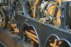 Μηχανισμός του παλαιού πύργου ρολογιών μέσα στοκ φωτογραφία