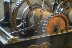 Μηχανισμός του παλαιού πύργου ρολογιών μέσα στοκ εικόνα με δικαίωμα ελεύθερης χρήσης