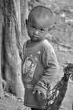 Μη αναγνωρισμένα παιδιά που ζουν στους δρόμους Στοκ Φωτογραφίες