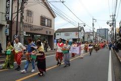 Μη αναγνωρισμένη ένωση ανθρώπων στην παρέλαση για το φεστιβάλ kawagoe, Ja Στοκ Εικόνα