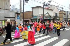 Μη αναγνωρισμένη ένωση ανθρώπων στην παρέλαση για το φεστιβάλ kawagoe, Ja Στοκ Φωτογραφίες