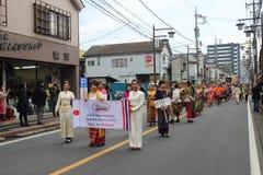 Μη αναγνωρισμένη ένωση ανθρώπων στην παρέλαση για το φεστιβάλ kawagoe, Ja Στοκ Φωτογραφία