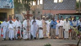 Μη αναγνωρισμένοι αιθιοπικοί άνθρωποι που γιορτάζουν το φεστιβάλ Meskel στην Αιθιοπία Στοκ φωτογραφίες με δικαίωμα ελεύθερης χρήσης