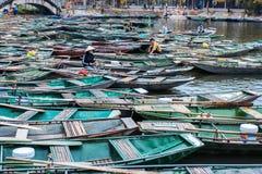 Μη αναγνωρισμένοι τουρίστες σε Trang Το Trang είναι η φυσική περιοχή, ταξινομημένος ειδικός του Βιετνάμ στοκ φωτογραφία