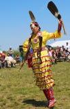 Μη αναγνωρισμένος χορευτής αμερικανών ιθαγενών στο NYC Pow wow στο Μπρούκλιν Στοκ εικόνα με δικαίωμα ελεύθερης χρήσης