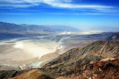 Μια άποψη από την κοιλάδα θανάτου από την άποψη του Dante ` s στοκ εικόνα με δικαίωμα ελεύθερης χρήσης