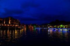 Μια άποψη νύχτας στον ποταμό Melaka Στοκ εικόνα με δικαίωμα ελεύθερης χρήσης