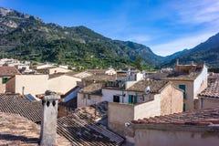 Μια άποψη πέρα από τις στέγες Soller, Majorca στοκ φωτογραφία με δικαίωμα ελεύθερης χρήσης