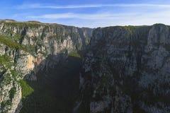 Μια άποψη στο βαθύτερο φαράγγι στη γη στοκ φωτογραφία