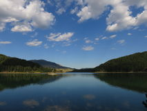 μια άποψη της λίμνης Aoos, Epirus Ελλάδα στοκ φωτογραφίες με δικαίωμα ελεύθερης χρήσης