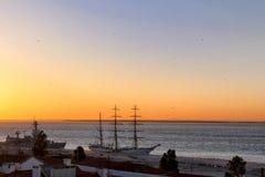 Μια άποψη του νέου dawnin Alfama στοκ εικόνες