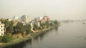 Μια άποψη όχθεων ποταμού της πόλης Dhaka στοκ εικόνες με δικαίωμα ελεύθερης χρήσης