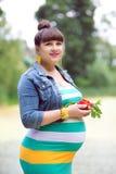 Μια έγκυος γυναίκα Στοκ φωτογραφίες με δικαίωμα ελεύθερης χρήσης