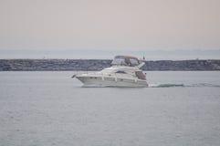 Μια λέμβος ταχύτητας πολυτέλειας Στοκ φωτογραφίες με δικαίωμα ελεύθερης χρήσης