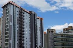 Μια έξοδος κινδύνου μετάλλων σε ένα ψηλό κτίριο Στοκ φωτογραφίες με δικαίωμα ελεύθερης χρήσης