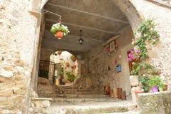 Μια αναλαμπή των αλεών του χωριού Artena - του Λάτσιο - της Ιταλίας Στοκ Εικόνες